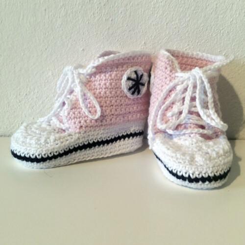 Hæklet Converse sko lyserød