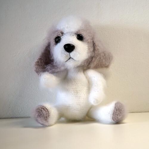 Hæklet hund Molly